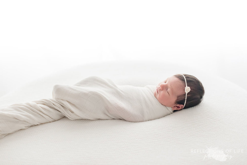 Niagara newborn baby photography beautiful simple sweet
