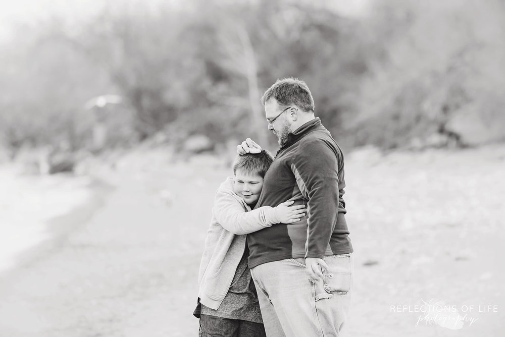 Grimsby Ontario family photography by the beach