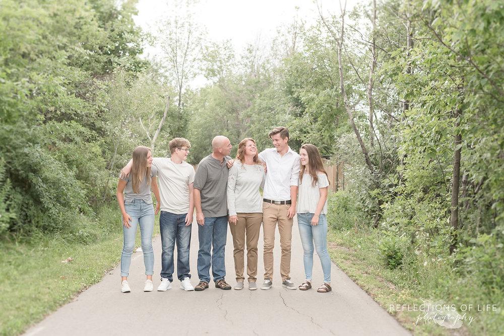 Niagara Family Photographer candid fun images