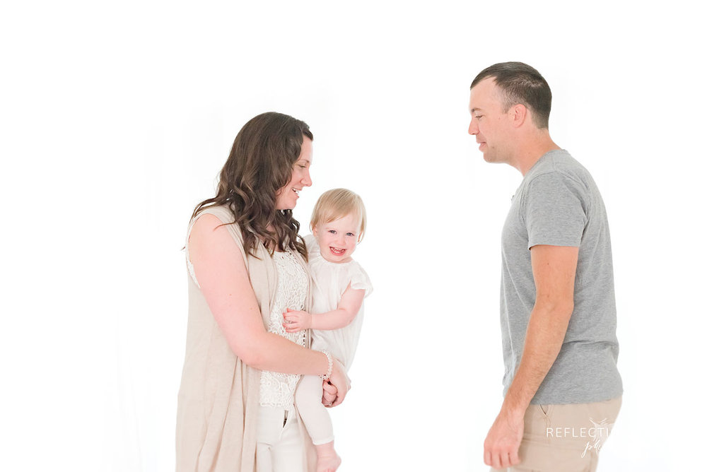 neutral clothing colours in studio session family