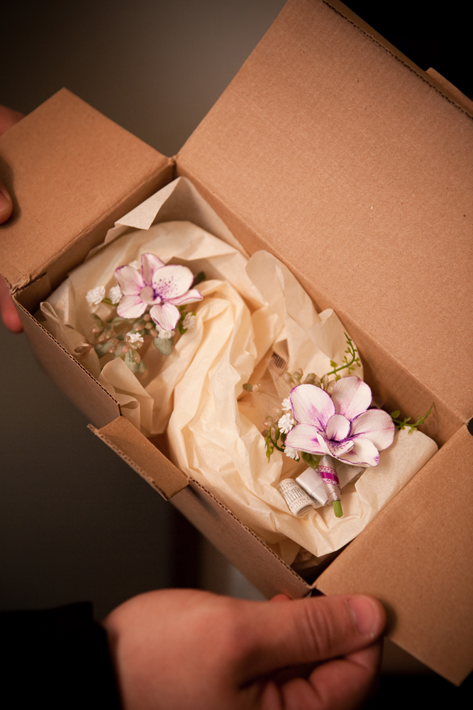 boutonniere unboxing 01_Wrenegade Floral Design.jpg