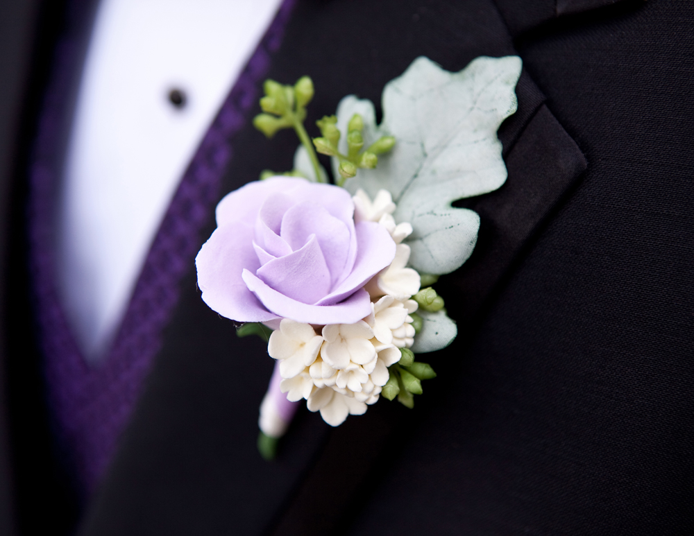 boutonniere 01_Tim rose lilac_Wrenegade Floral Design.jpg