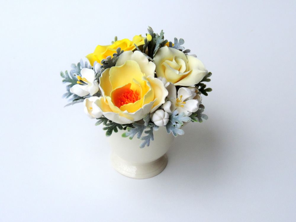 Teacup arrangement_03a_yellow_Leigh Ann Gagnon.JPG