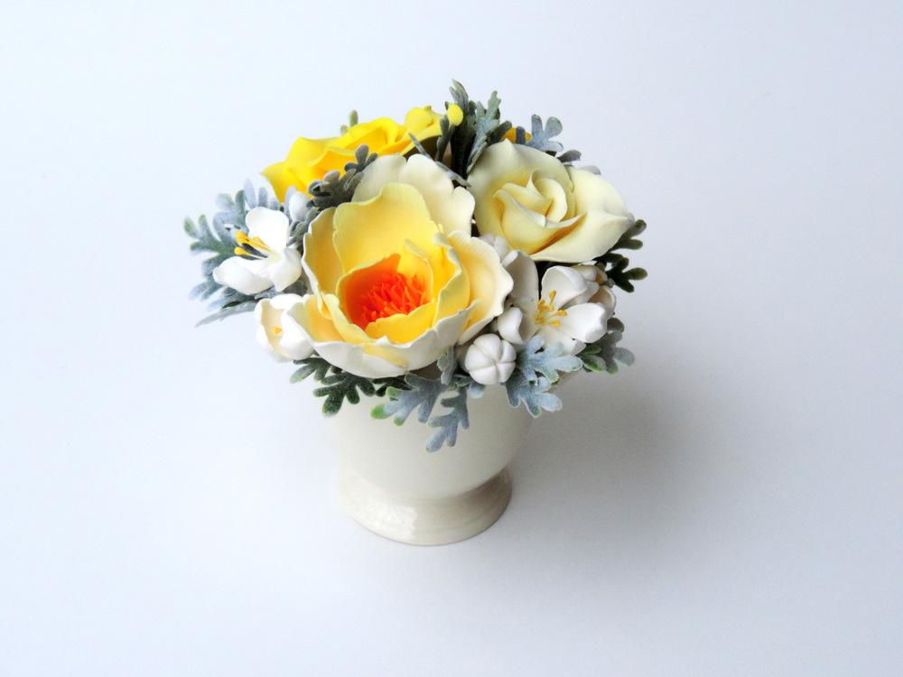 Teacup arrangement_03a_yellow_Leigh Ann Gagnon.JPG