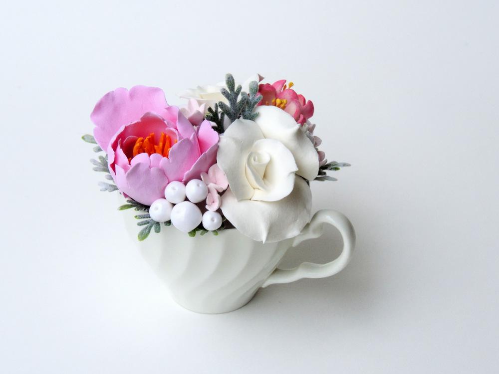 Teacup arrangement_04a_pink_Leigh Ann Gagnon.JPG