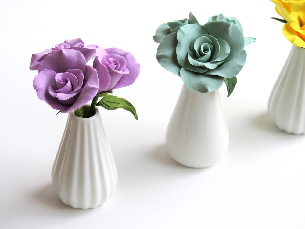 Rose Vase_group 02_Leigh Ann Gagnon.JPG