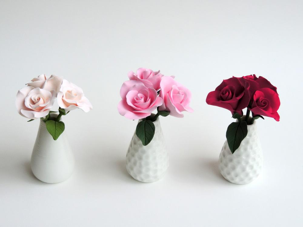 Rose Vase_group 01_Leigh Ann Gagnon.JPG