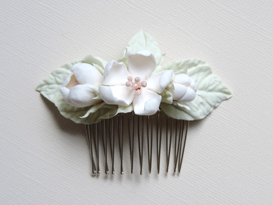 hair comb_white apple_01.jpg