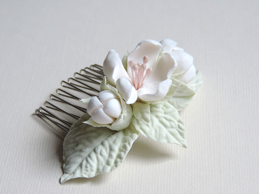hair comb_white apple_02.jpg