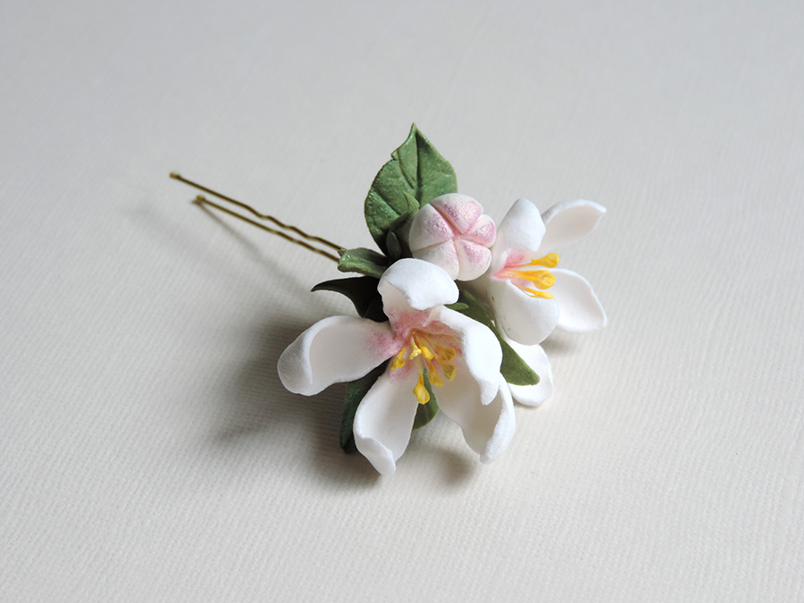 hair pin_white apple_03.jpg