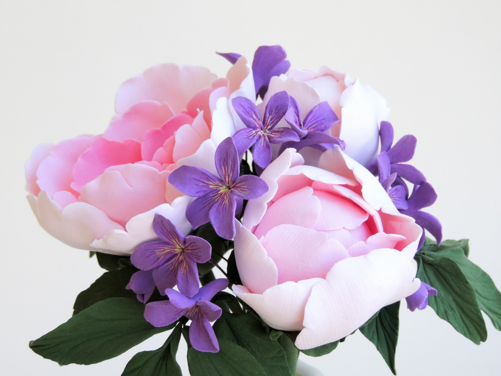 Peony and violet_02_Leigh Ann Gagnon.JPG