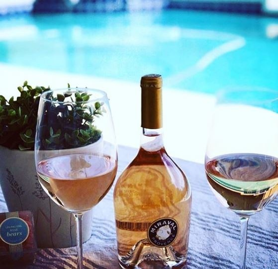 Wine Wednesday🍷is best spent with a glass of Miraval, in one of our Miraval homes.  PC: @miraval . . . #MiravalMesaVerde  #MiravalPhase2 #CostaMesa  #OrangeCountyRealEstate #WineWednesday #RoseWine #LuxuryHomes #SummerTime