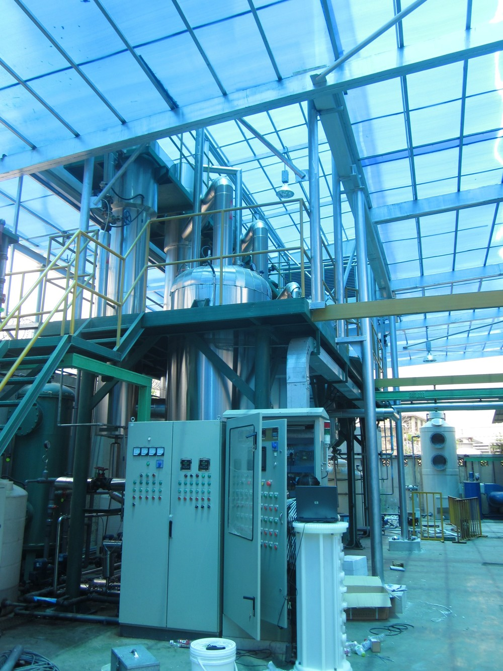 evaporator with control system.jpg