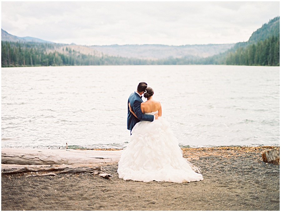 Olivia Leigh Photography | Destination Wedding Photographer | Oregon Wedding Photography | Central Oregon Wedding | Fine Art Photographer