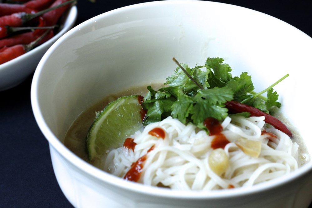 thai-soup-noodle