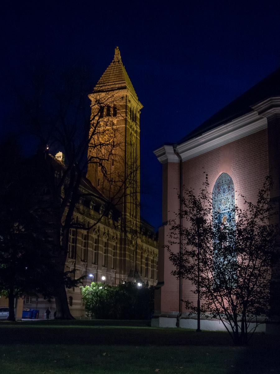 Rådhuset och St Olai kyrka