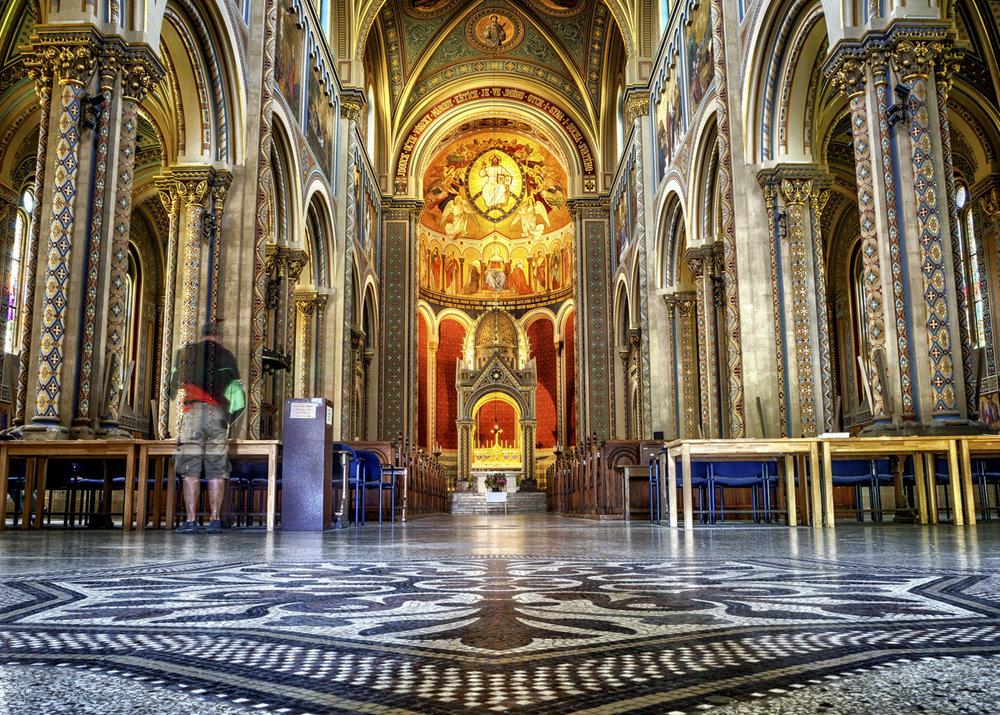 Många stora kyrkor och kloster finns det i Prag
