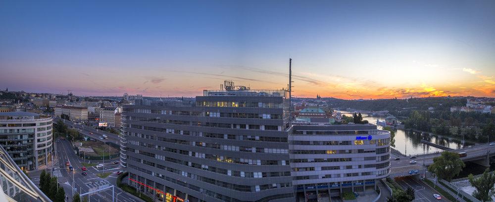 Utsikt från hotellets takbar (panorama)