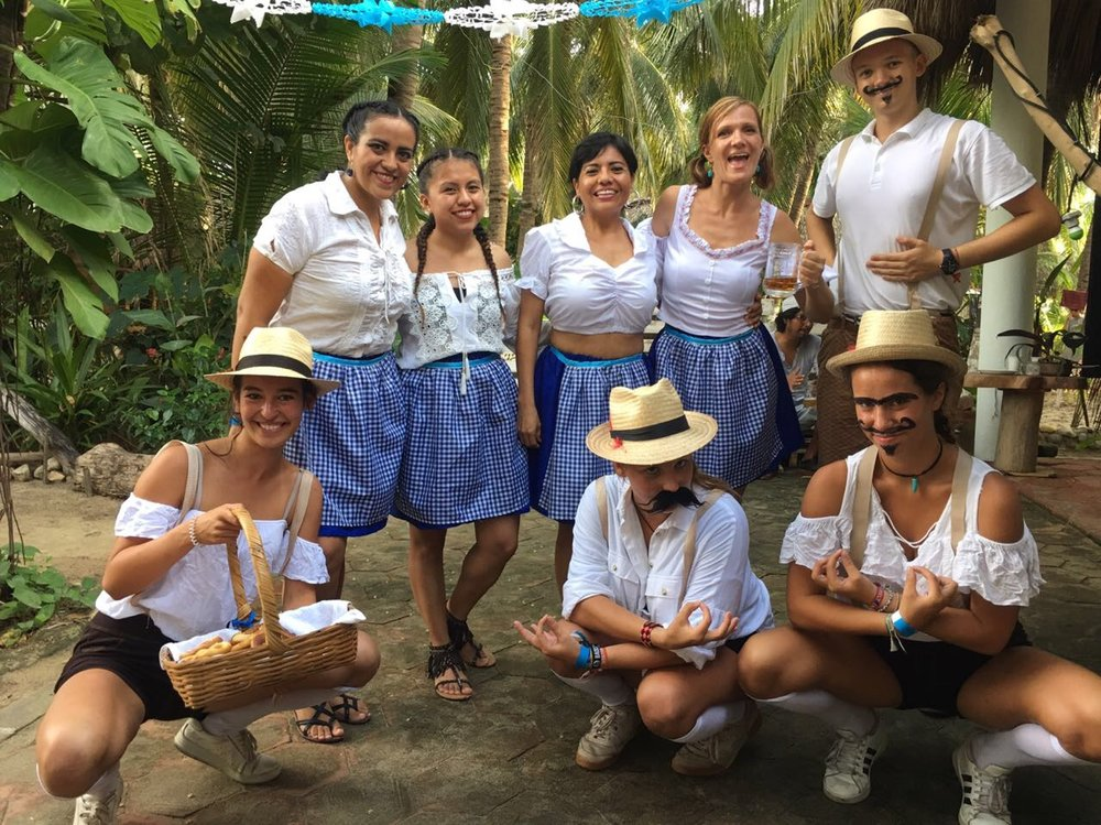 Oktoberfest Papalotes Puerto Escondido Waldorf 3