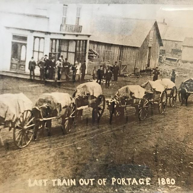A very historic capture of the last ox Red River cart train out of the town of Portage la Prairie in 1880. Portage la Prairie later grew and incorporated as a City in 1907. -in the Fort la Reine Collection. It's #museums week so share your love ❤️ for all things museum!! 👏🏻👏🏻 #CityMW #atfortlareine #history #MuseumWeek #museums #Manitoba @CityofPortage