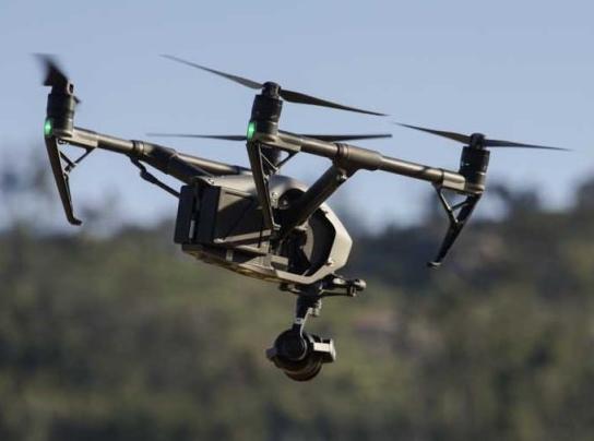 Drone - Droneoperatør pr/dag: 8500 eks.mvaDroneoperatør med kameraoperatør: 15000 eks.mva