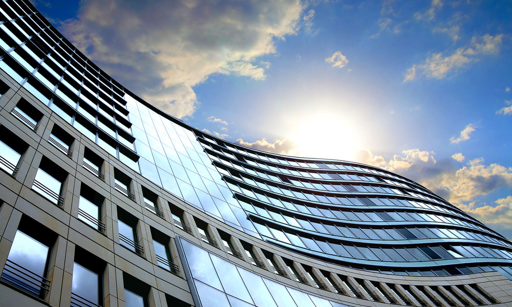 Kommersiell og privat eiendom - Fyll og selg enheter raskere med potensielle leietakere eller kjøpere før de går gjennom døren.