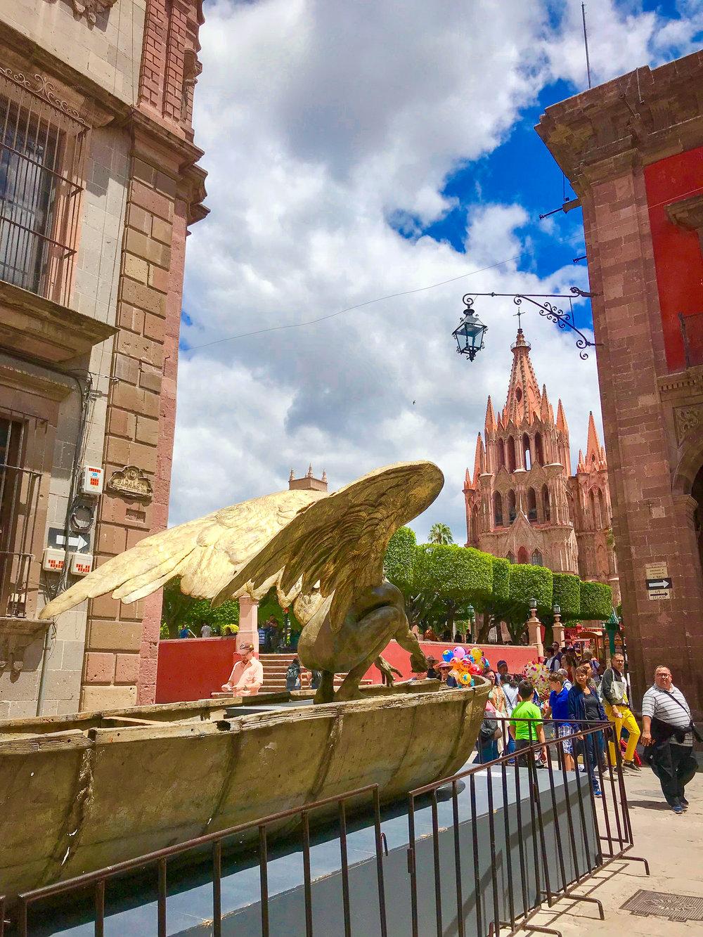 Balsa Tierra by Jorgen Marín  in San Miguel de Allende, Guanajuato, Mexico.
