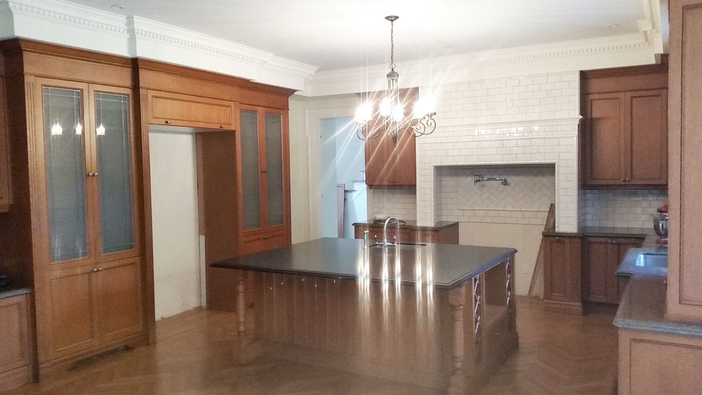 Norcliffe-Kitchen-Cabinet-Refinishing_before_a.jpg