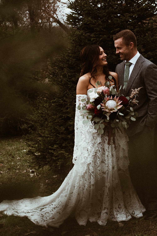 rapid-creek-cidery-iowa-city-wedding-256.jpg