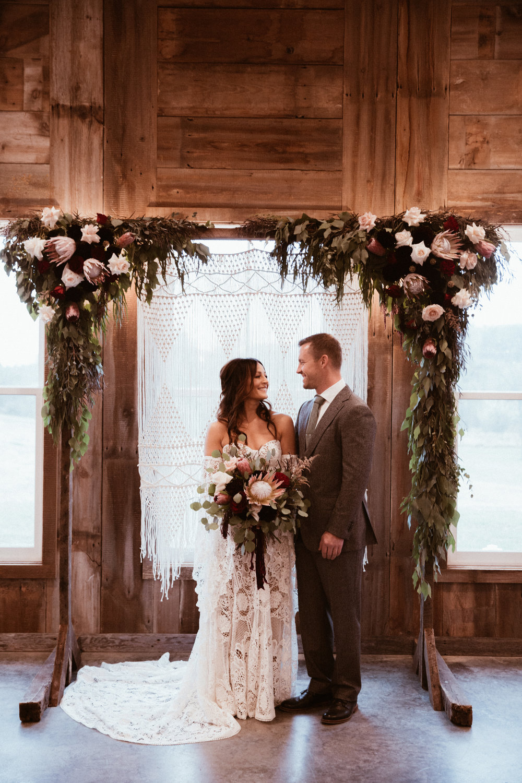 rapid-creek-cidery-iowa-city-wedding-357.jpg