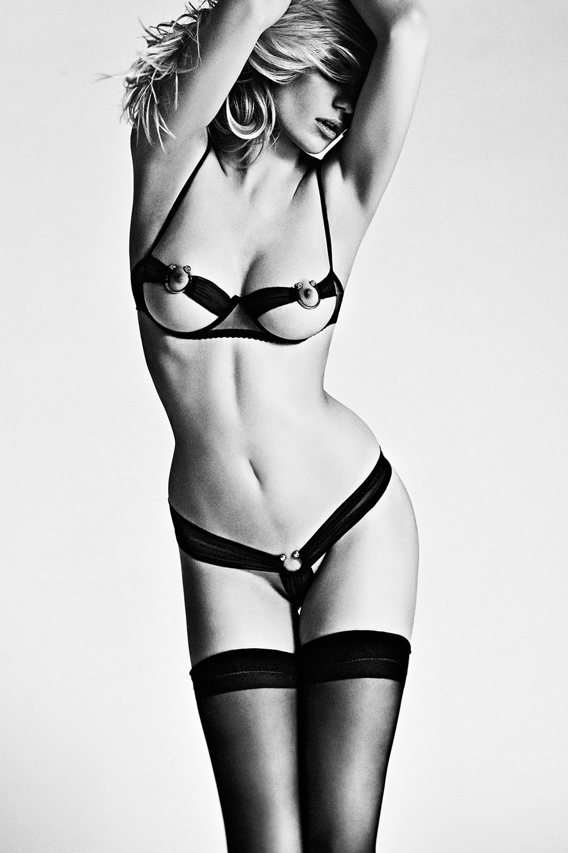 set_erotic_002.jpg