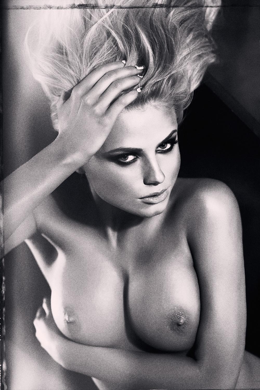 set_erotic_074.jpg