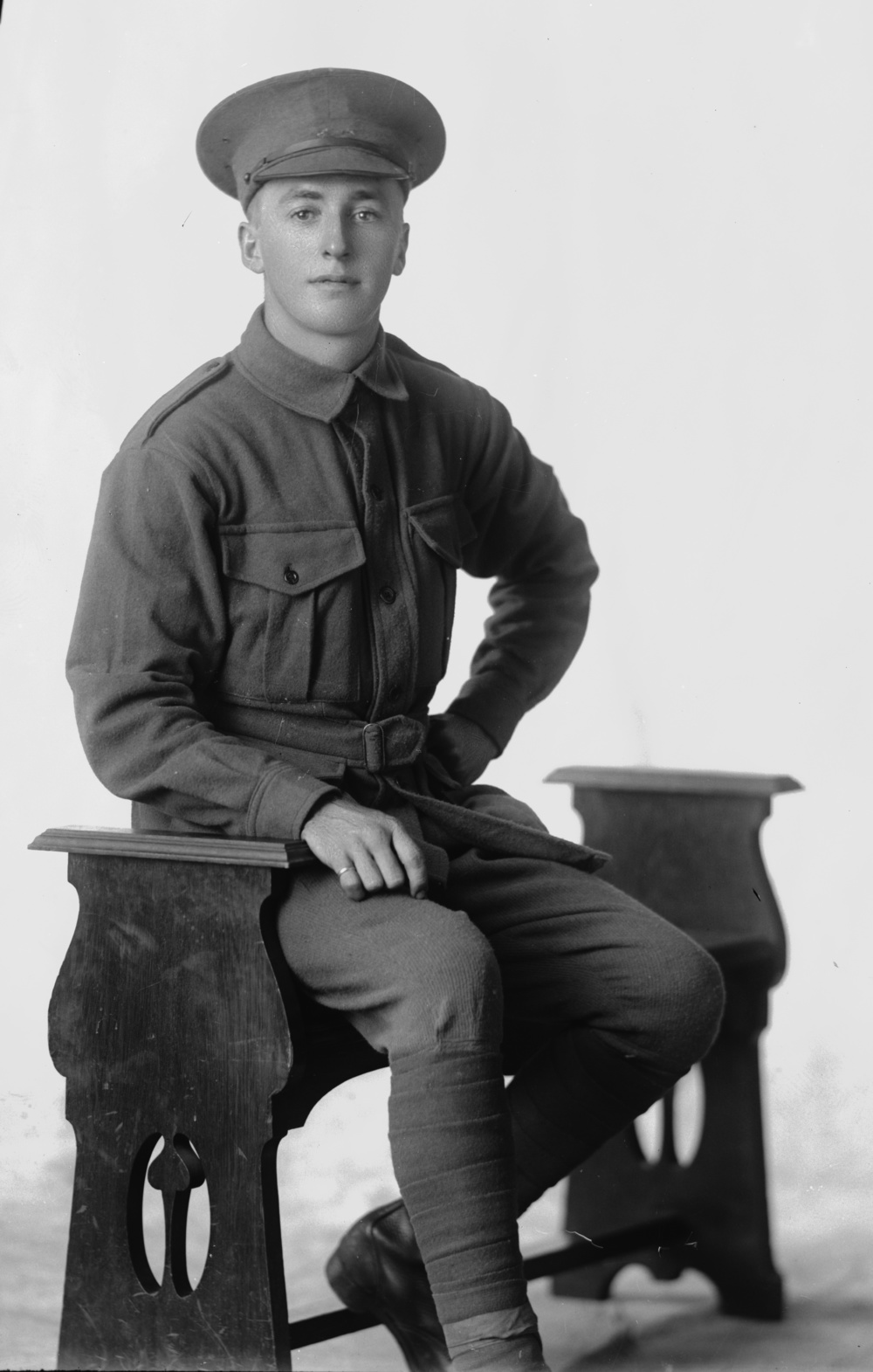 Photographed at the Dease Studio, 117 Barrack Street Perth WA Image courtesy of the State Library of Western Australia:  108129PD