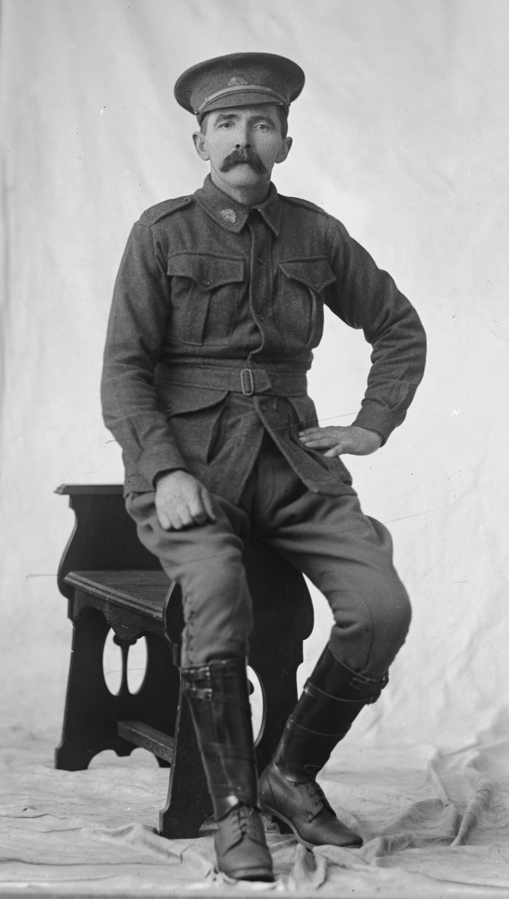 Photographed at the Dease Studio, 117 Barrack Street Perth WA Image courtesy of the State Library of Western Australia: 108127PD