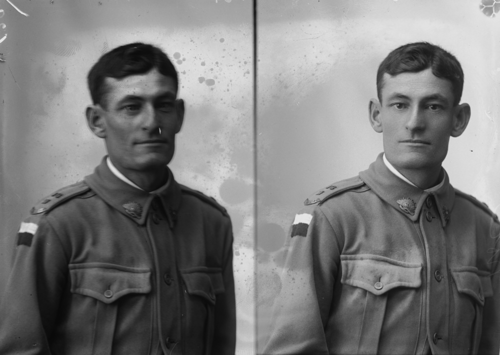 Photographed at the Dease Studio, 117 Barrack Street Perth WA Image courtesy of the State Library of Western Australia: 108054PD