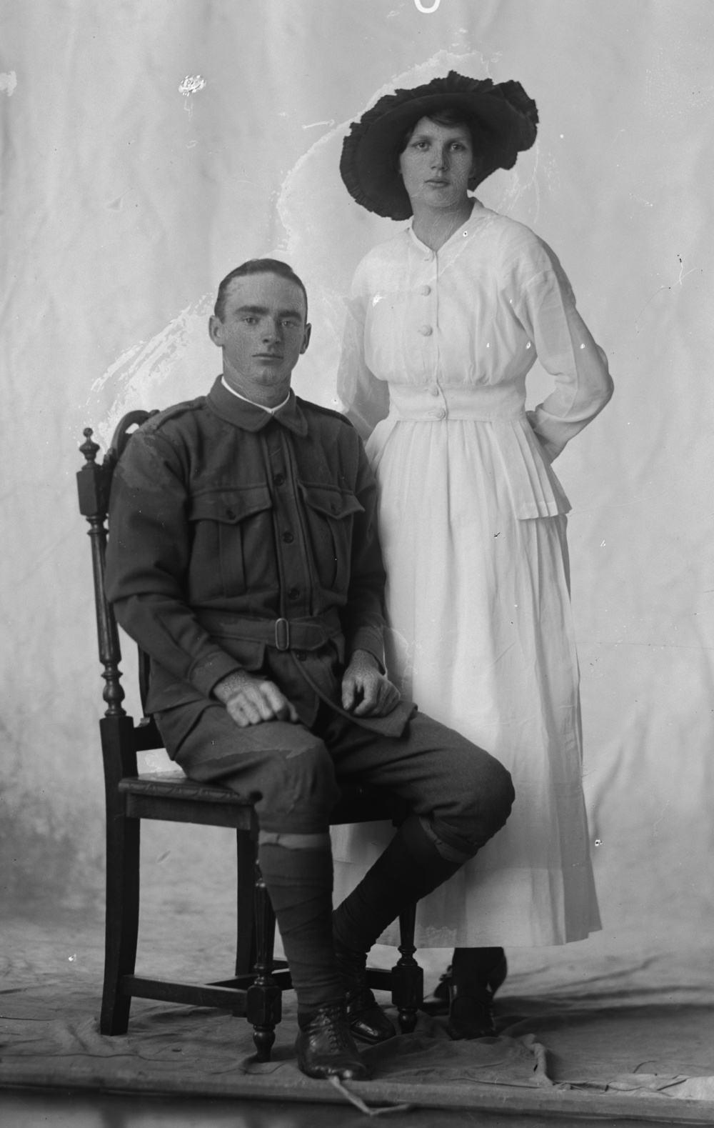 Photographed at the Dease Studio, 117 Barrack Street Perth WA Image courtesy of the State Library of Western Australia: 108600PD