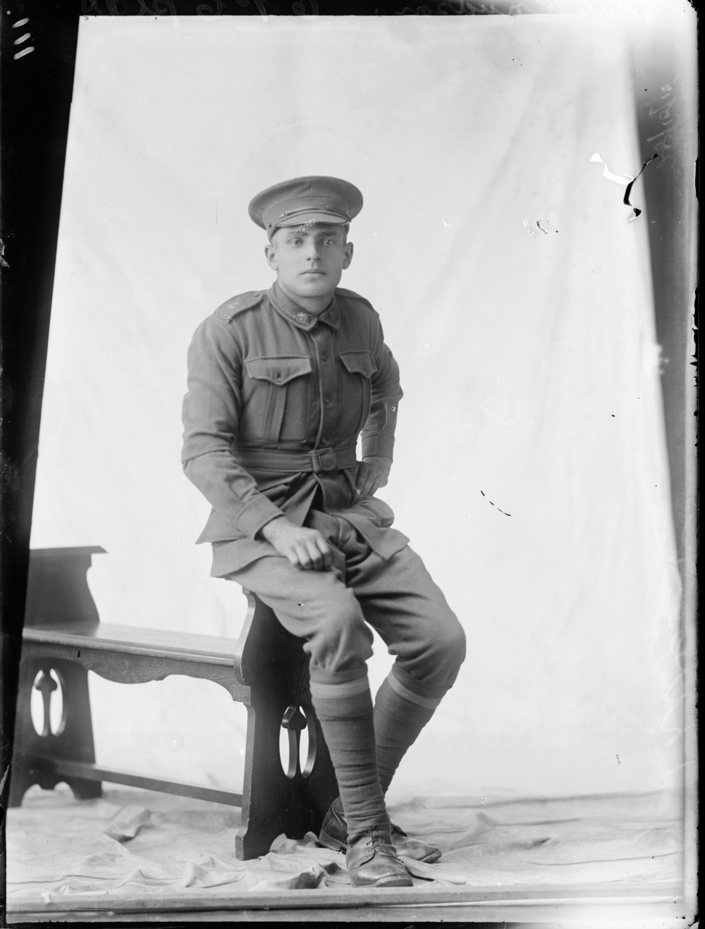 Photographed at the Dease Studio, 117 Barrack Street Perth WA Image courtesy of the State Library of Western Australia: 151447PD