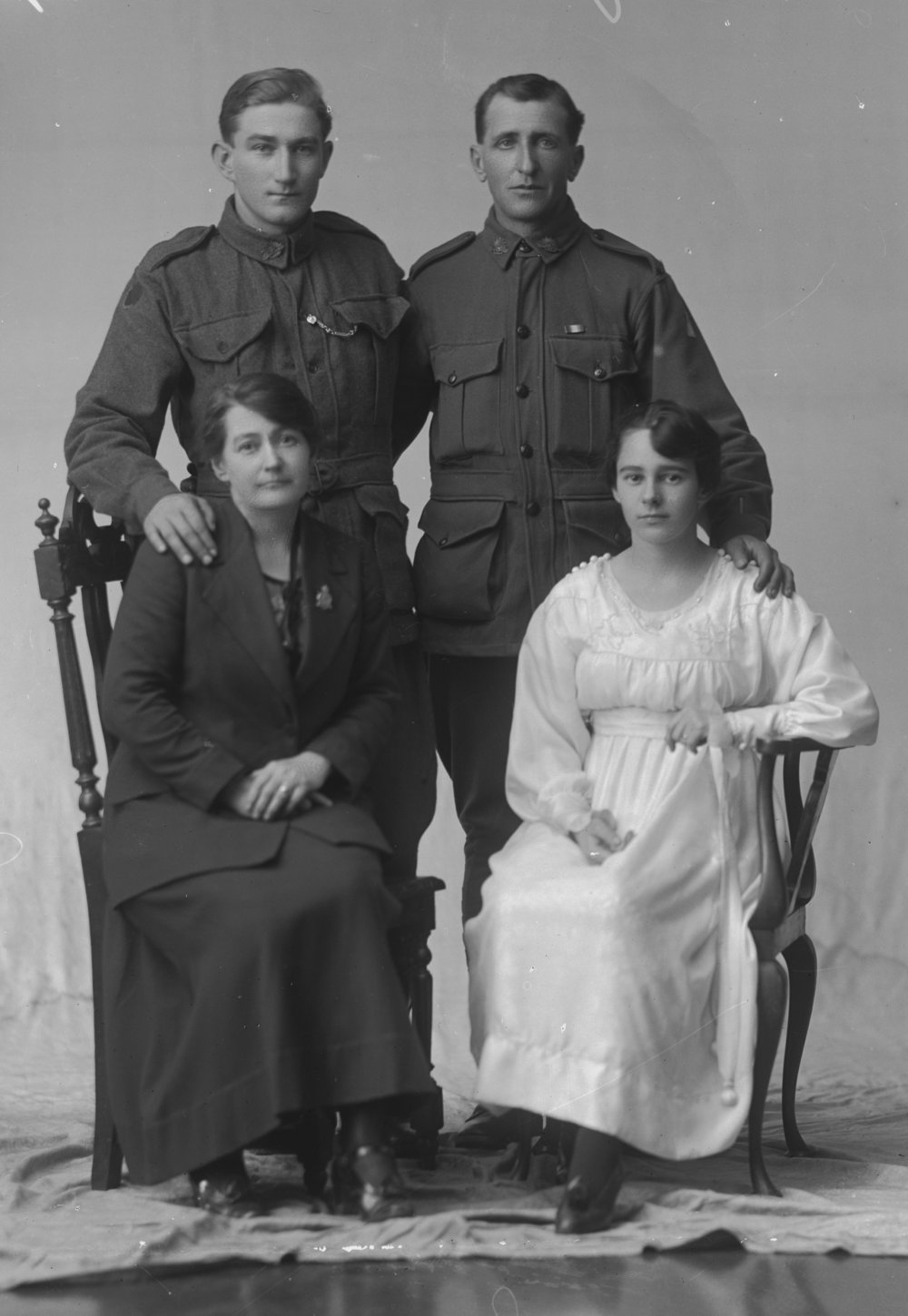 Photographed at the Dease Studio, 117 Barrack Street Perth WA Image courtesy of the State Library of Western Australia: 108040PD