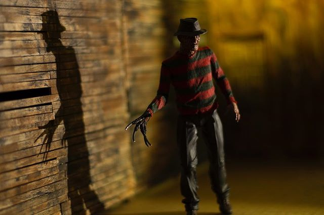 Can you tell I love playing around with lighting? Just got this Freddy in and this is a test shot for another idea I have coming later this week. . . #freddykrueger #nightmareonelmstreet #horror #neca #darkart #conceptart #toyartistry #nightmare #neca #horrorart #toygroup_alliance #epictoyart #toptoyphotos #toyphotography #toydiscovery #renderzone #empireoffuture #toythug #actionfigures