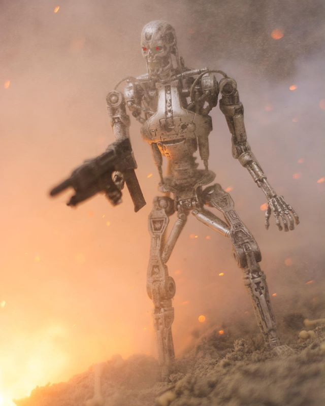 It's going to be hot, it's going to be humid, and it's going to last the rest of your miserable life. #florida . . #terminator #t800 #jamescameron #neca #toyartistry #toythug #toptoyphotos #toydiscovery #war #conceptart #scifi #scifiart #renderzone #empireoffuture #michaelbaythatshit #epictoyart #toyoutsiders #toysyn #toyphotography #actionfigures