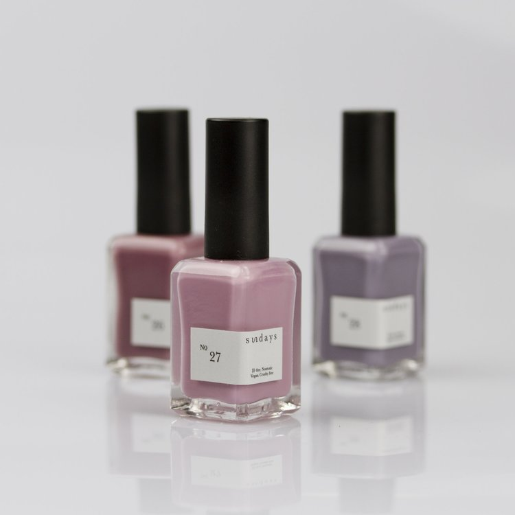COMPLIMENTARY EXPRESS MANIS BY  SUNDAYS NYC -