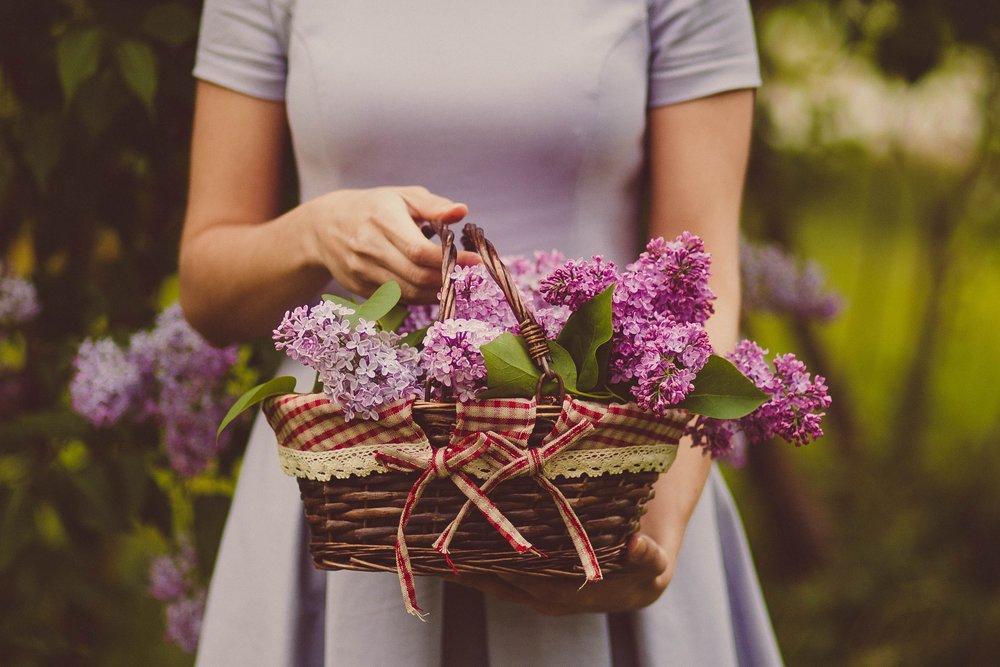 basket-fashion-flower-basket-88647.jpg
