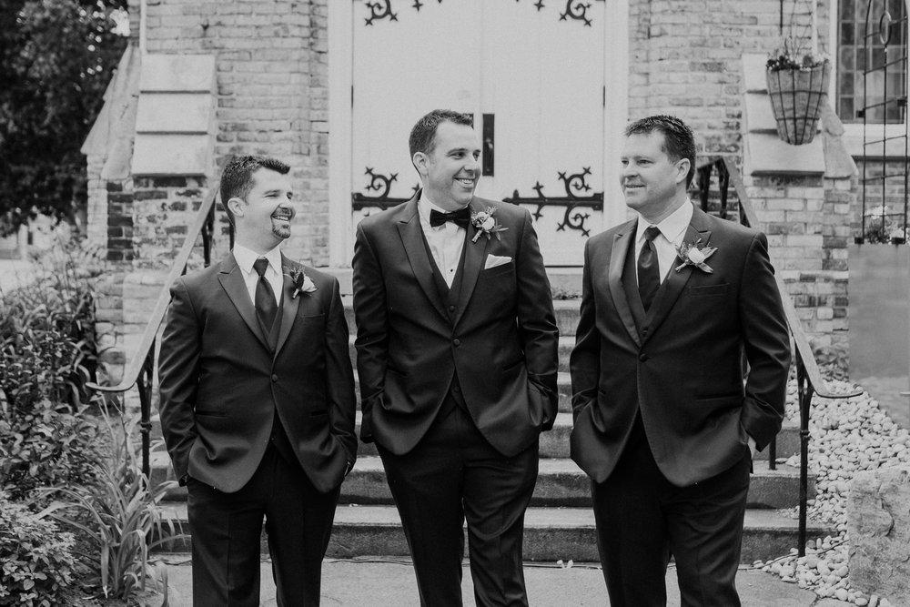 London Ontario Wedding Photographer-16.jpg