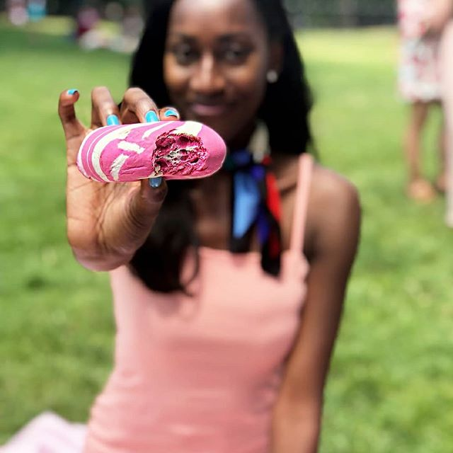 Have you ever seen a prettier bagel!!❤️ So beautiful from @thebagelstore 📸@brittctrent . -We created this beautiful custom bagel art for this very special function #pinknic . Order Yours for your very special Ocassion. -Visit thebagelstore.com for more information . . . . #thebagelstore #eventplanners #weddingplanners #centralpark #foodbloggers#influencers  #nyc #eventplanner #foodporn #newyork #nyceats #eeeeeats  #nyc #eatingnyc #foodpic