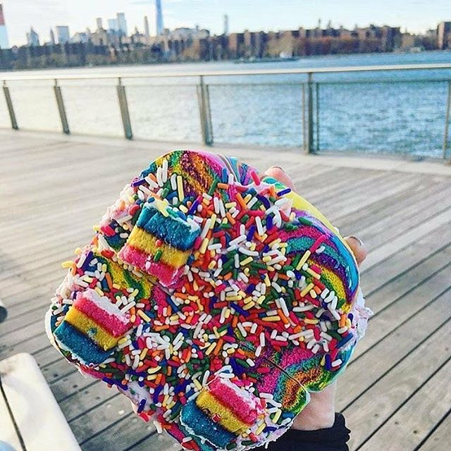The Original Rainbow Bagel is bringing color everywhere it goes! @thebagelstore -Thanks to @beekay13  for this shot 🌈  #thebagelstore #originalrainbowbagel #rainbowbagel #nyceats #sprinkles #colorfullife #myunicornlife #cakebites #foodporn #forkyeah