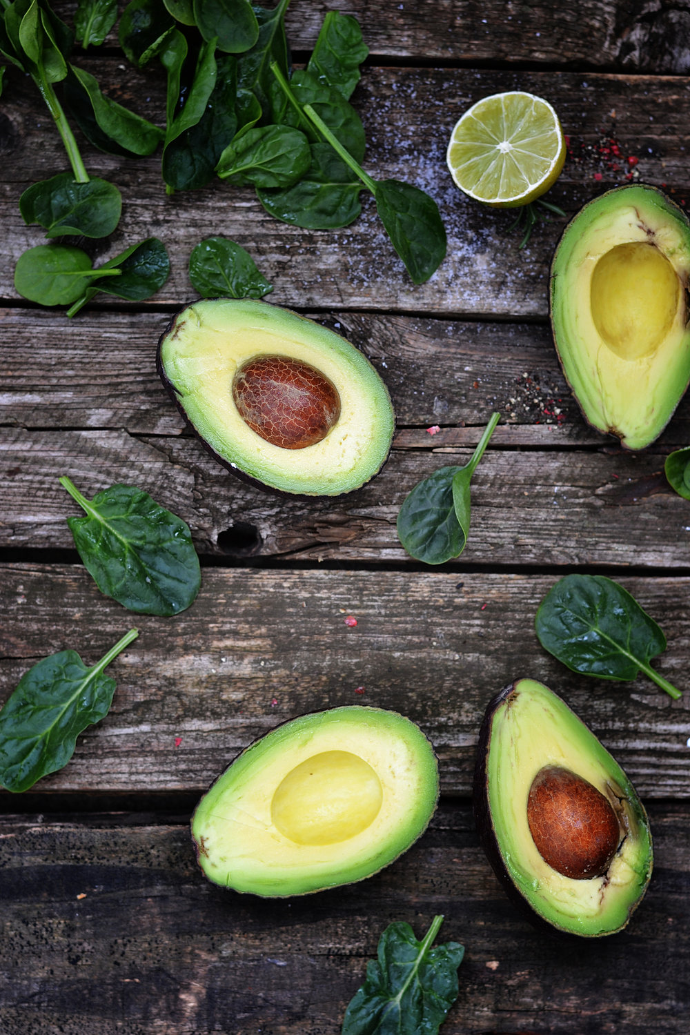 Avocado oil known to be the most moisturizing of any fruit oil. It helps to restore the natural moisture of the skin.