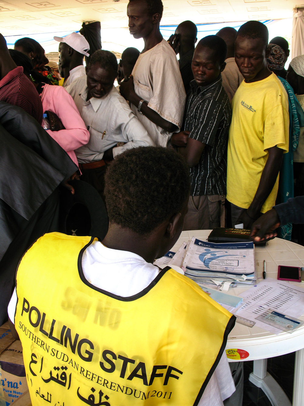 The first day of the elections saw thousand of voters line up at John Garang Mausoleum Park in Juba
