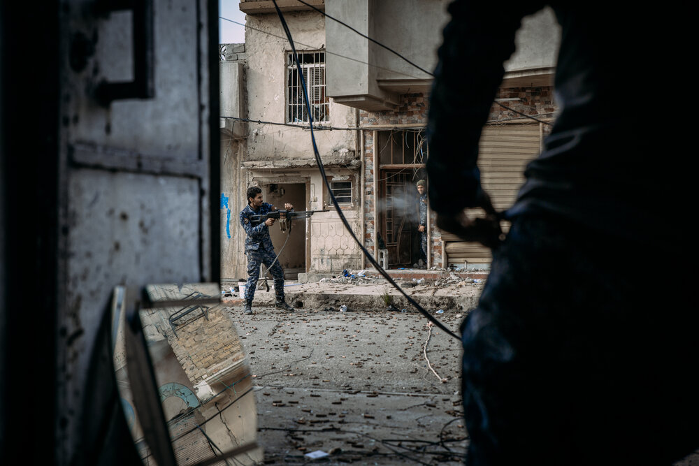 Federal Police fire on Islamic State positions in west Mosul