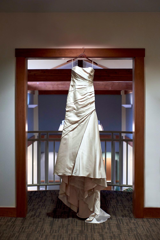 2017KrystalCraven-wedding-dress-bride