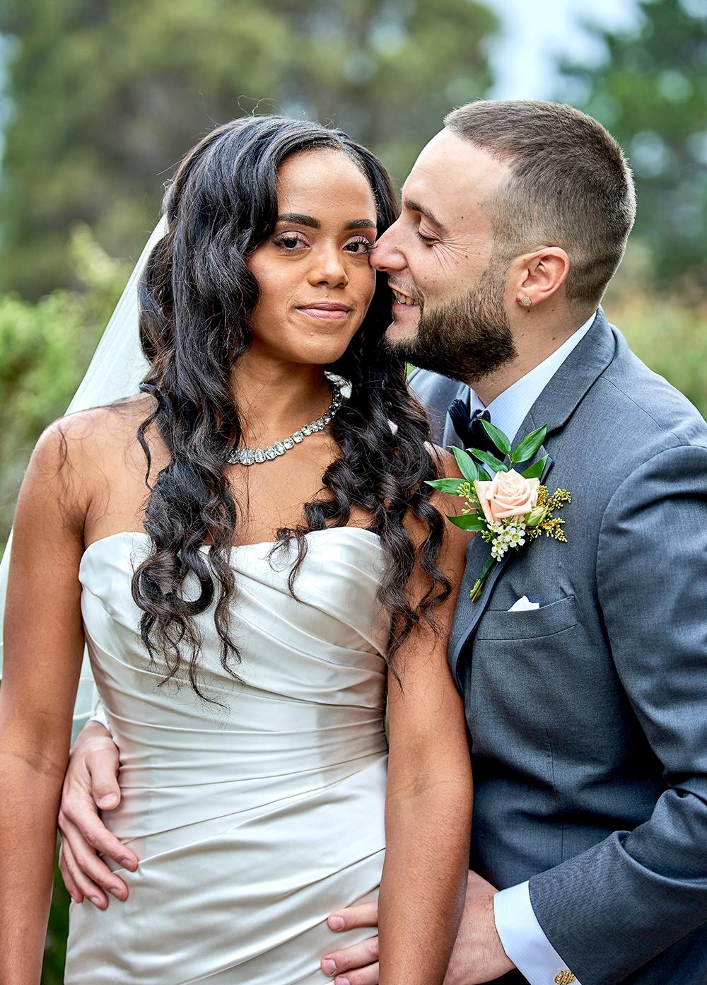 2017KrystalCraven-bride-and-groom-posed-portrait